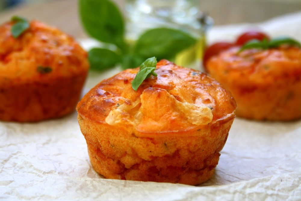 muffins sal s tomates mozzarella et basilic amandine cooking. Black Bedroom Furniture Sets. Home Design Ideas