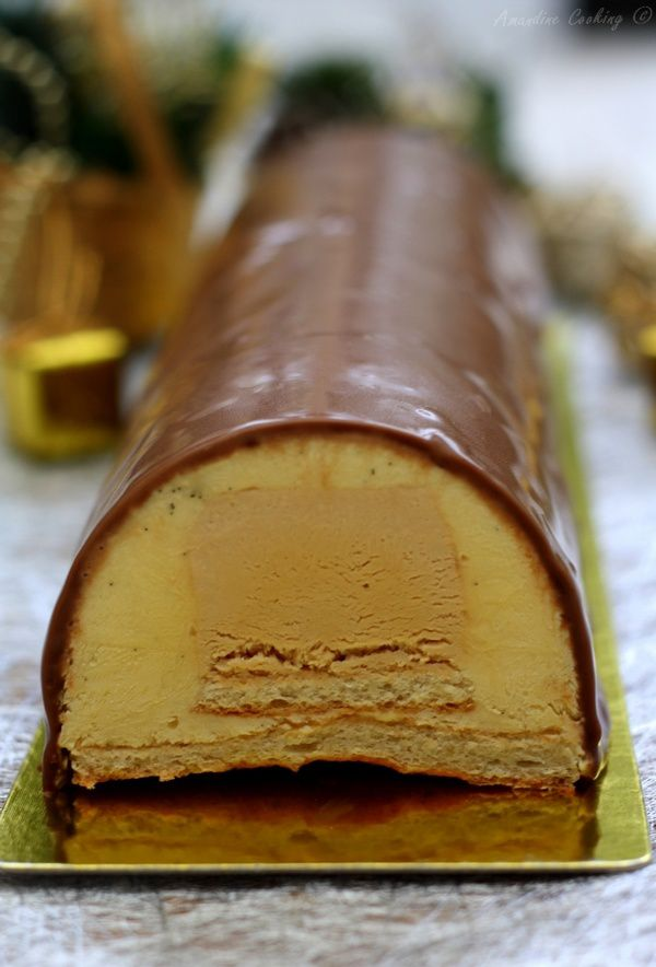 Bûche à la vanille et caramel au beurre salé