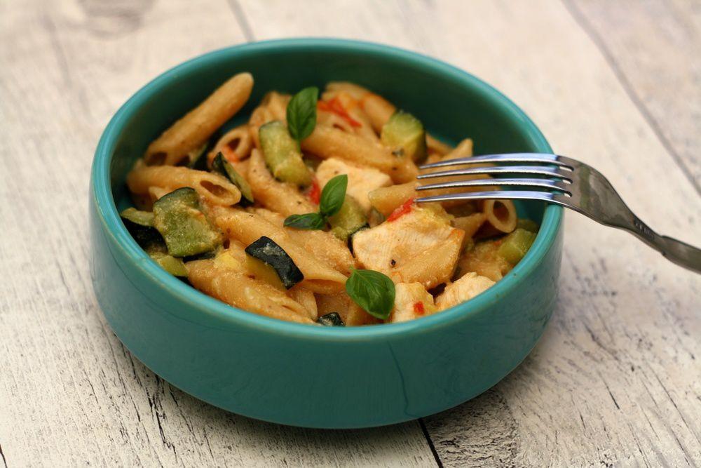 One pot pasta au poulet et légumes d'été