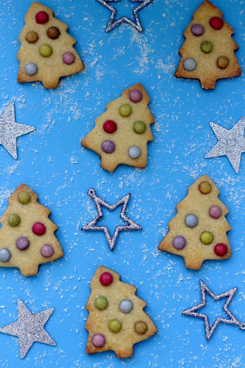 Biscuits sapin de Noël aux smarties