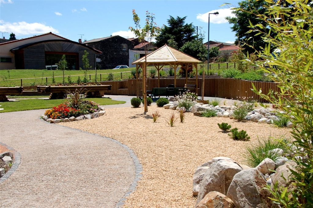 Le jardin th rapeutique bienvenue sur le blog de l 39 ehpad for Jardin therapeutique