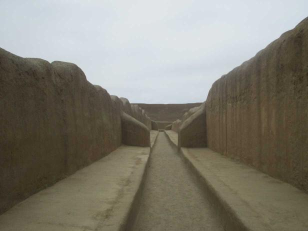 Les grandes allées dela forteresse