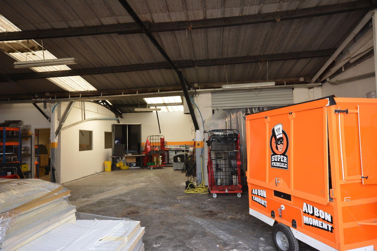 Cuisine modulaire pour les Food Trucks Parisiens à Saint Ouen (93400)