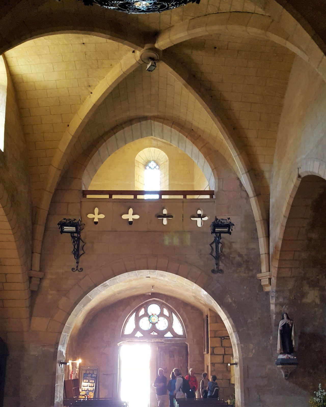 Le balcon dans l'église