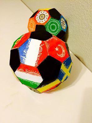 Euro 2016 : fabriquer un ballon en papier et d'autres volumes