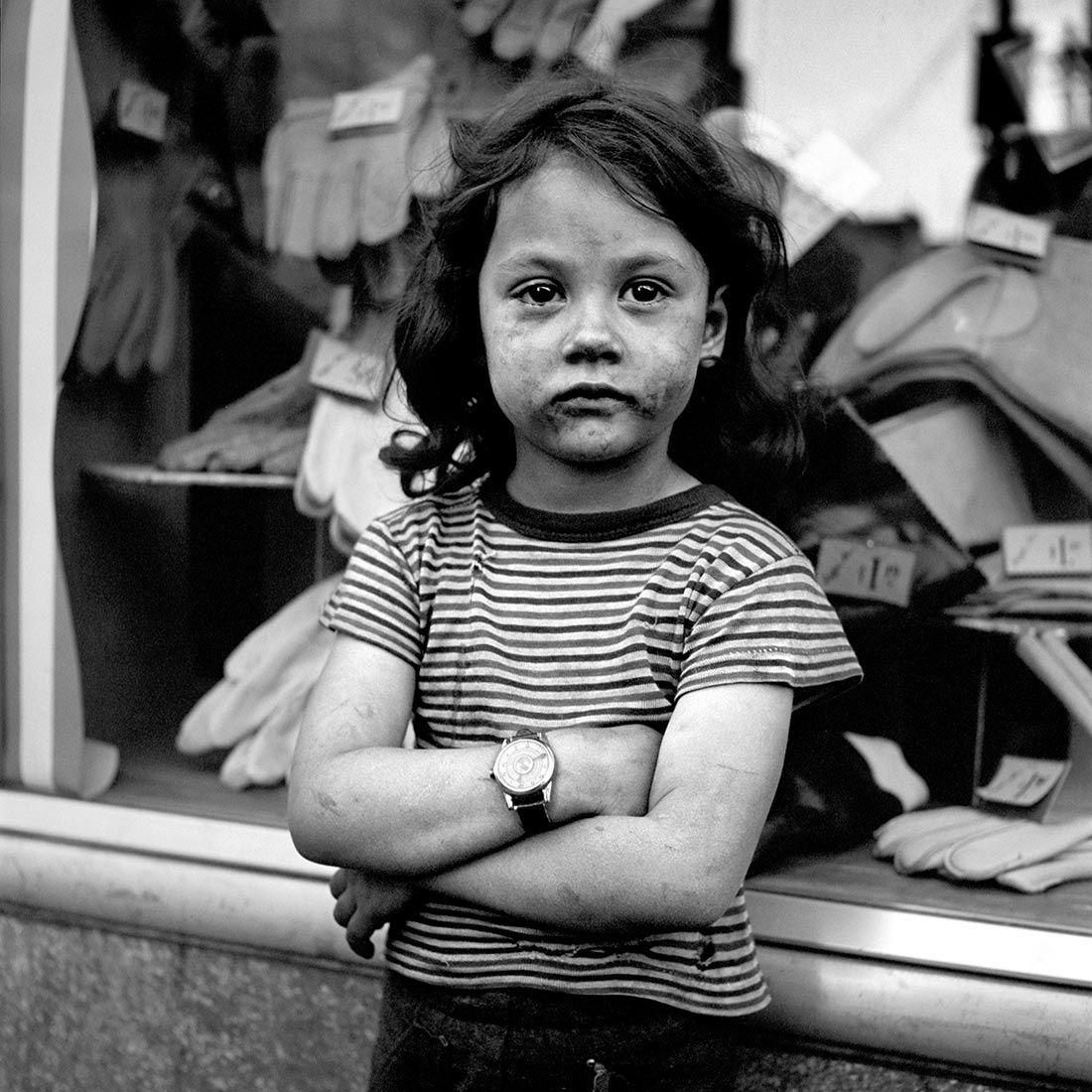 L'image du mercredi : l'enfant dans la rue, les photos de Vivian Maier