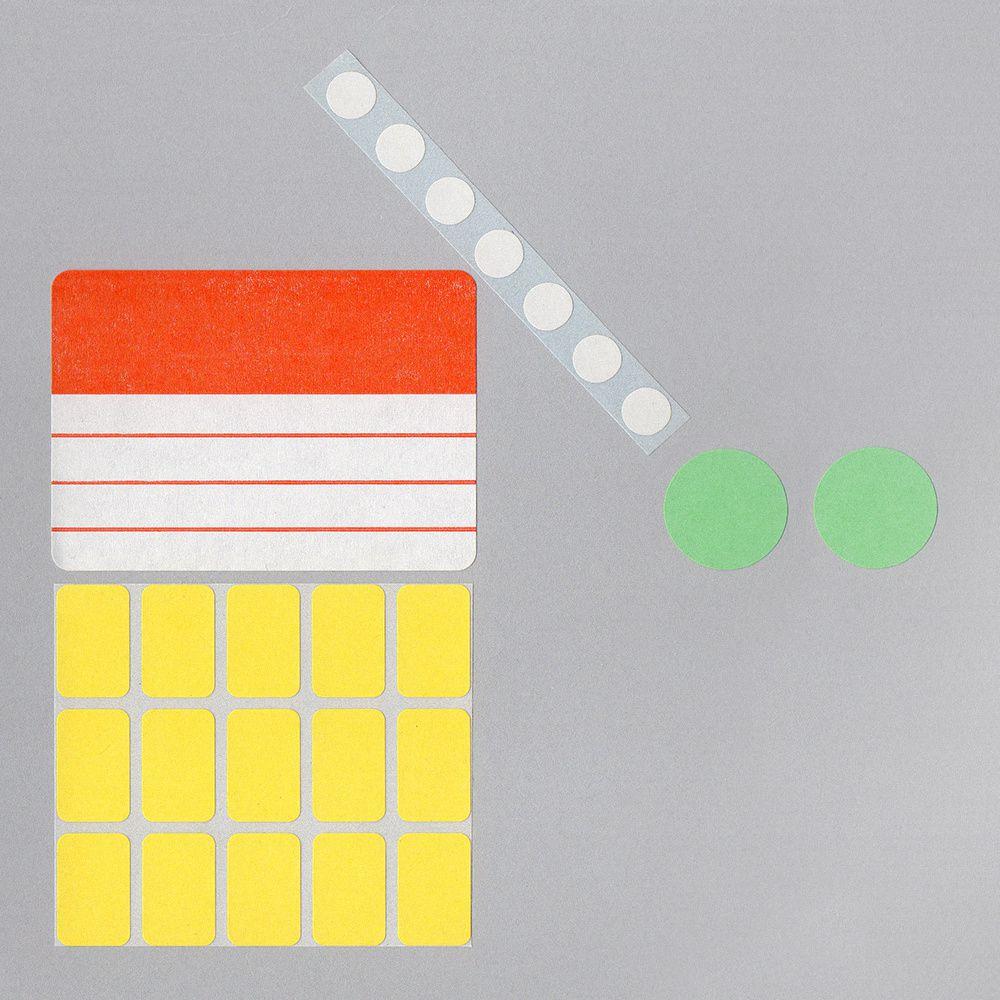 Des compositions avec du matériel de papeterie