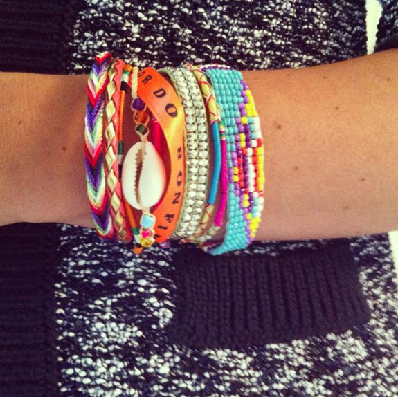 Je tombe littéralement amoureuse de ce bracelet mais ça vaut quand même entre 40 € et 100 €.
