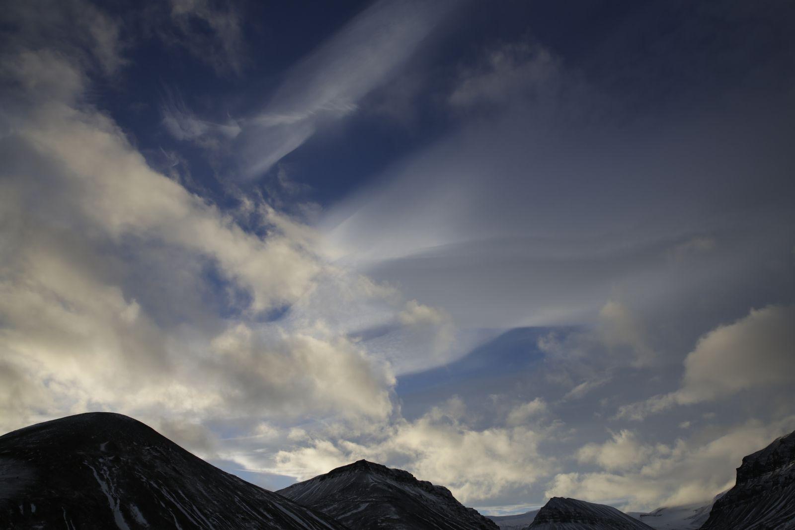 ciel de vent... encore de bonnes petites rafales ! &#x3B;-)
