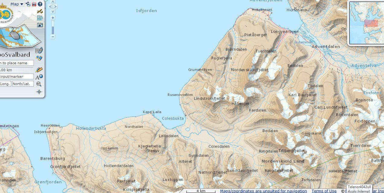 Et pour situer la chose : la carte montrant Longyearbyen (au nord) et Barentsburg (au sud)... distance à vol d'oiseau et d'hélico, environ 35 km