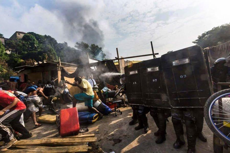 Brésil - Expulsion des pauvres pour le mondial de foot