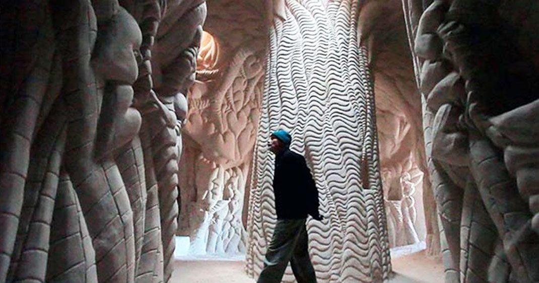 10 ans dans une grotte pour la transformer en une somptueuse œuvre d'art