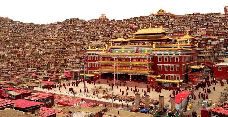 [Tibet] La Chine délivre un arrêté de démolition pour la plus importante ville religieuse du monde