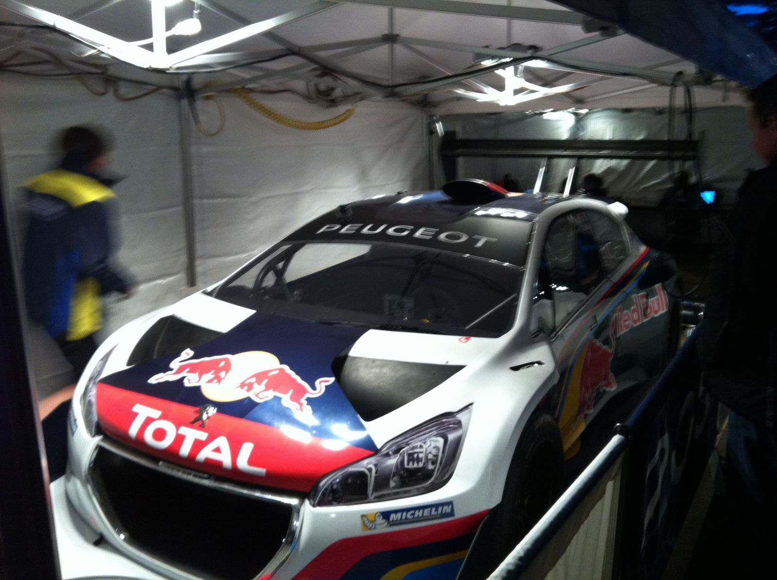 SCOOP Peugeot 208 T16 in live in Pikes Peak Colorado