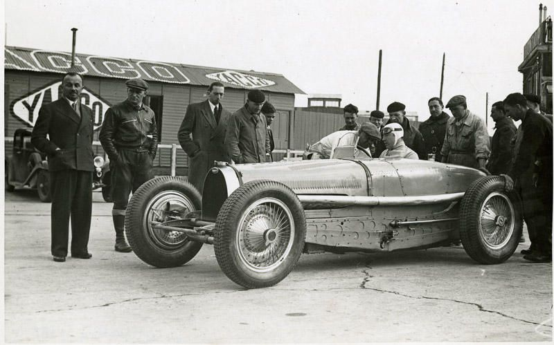 JEAN-PIERRE WIMILLE AND HIS BUGATTI