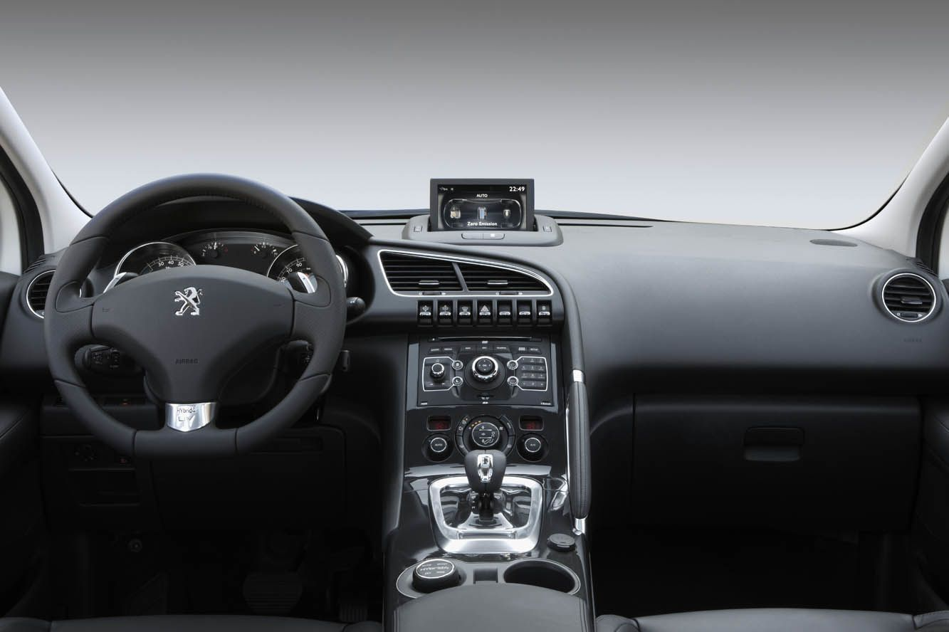 NEW PEUGEOT 3008 - FCIA - French Cars In America