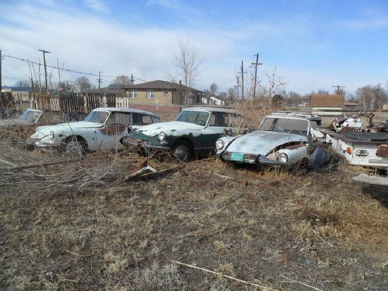 CITROEN DS JUNKYARD IN THE USA
