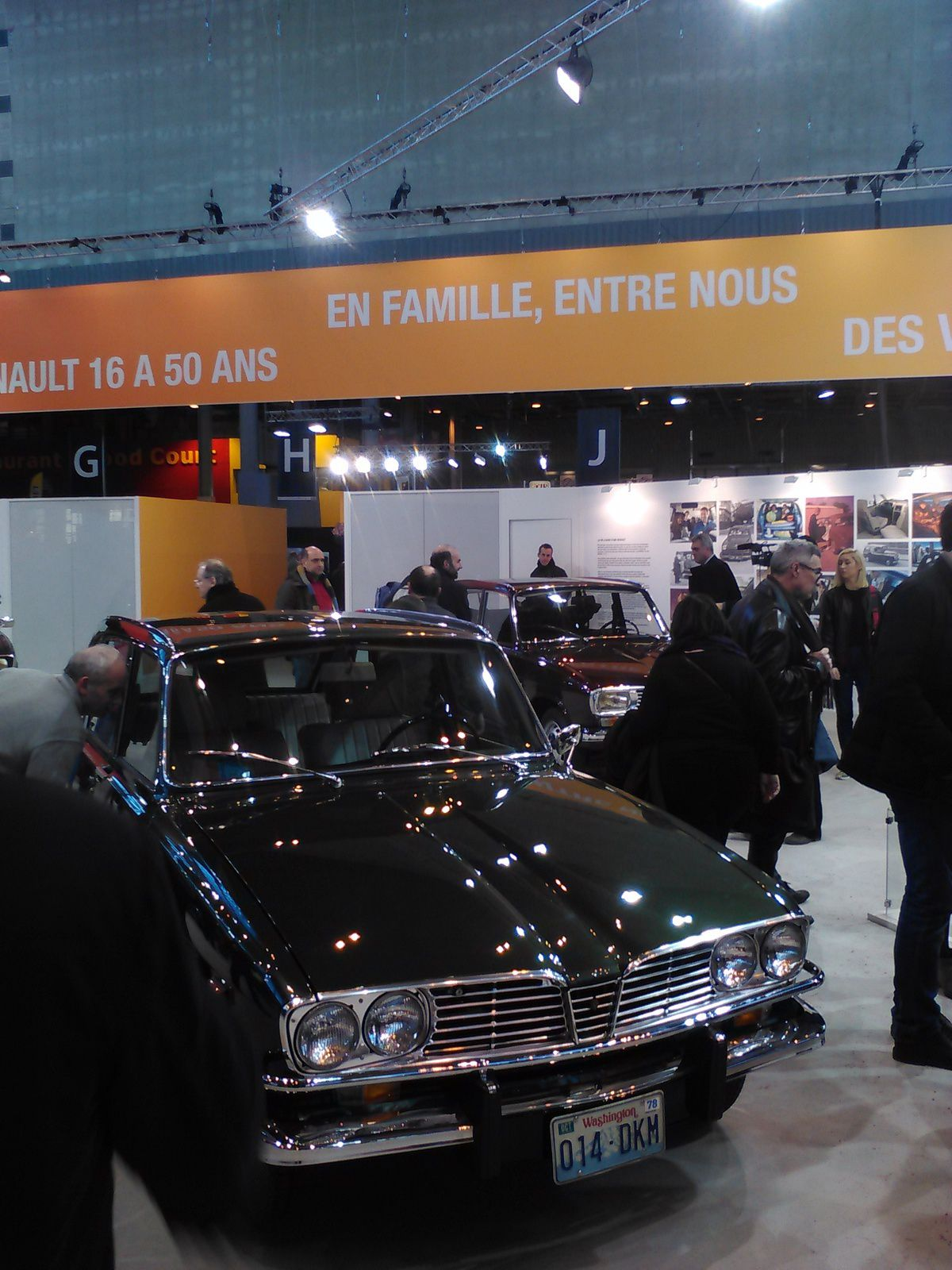 Renault 16 USA in Paris France