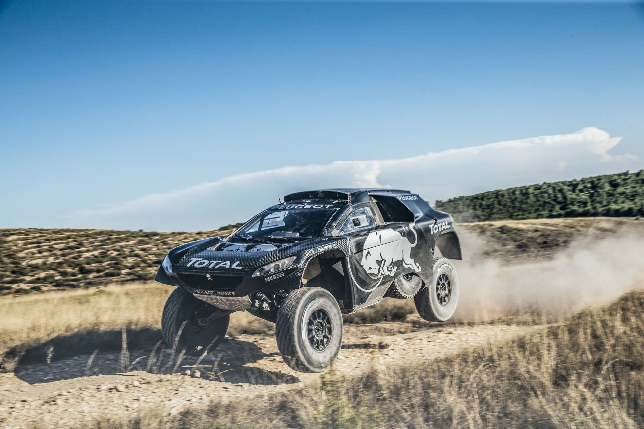 [VIDEO] THE 2016 PEUGEOT 2008 DKR