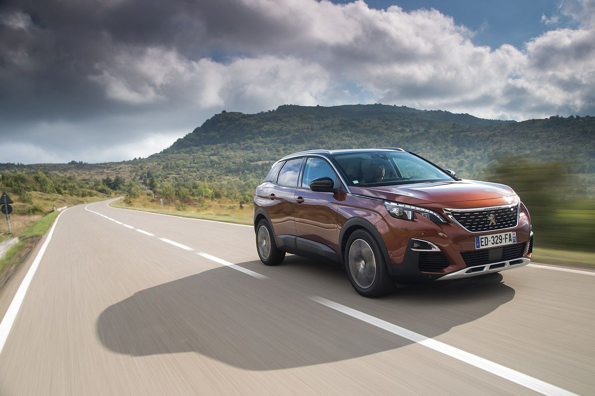 THE NEW PEUGEOT 3008 WON THE 2017 CAR OF THE YEAR PRIZE IN EUROPE