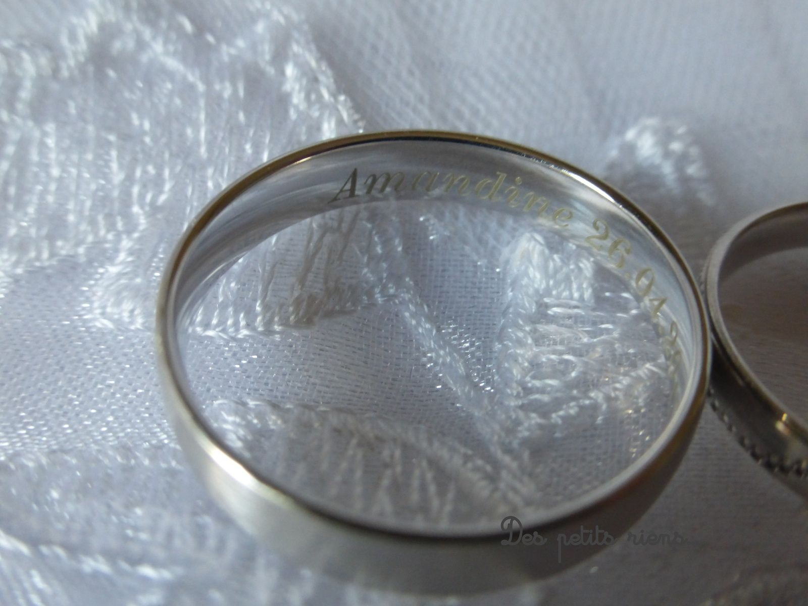 Dans celle du marié, mon prénom et la date du mariage...