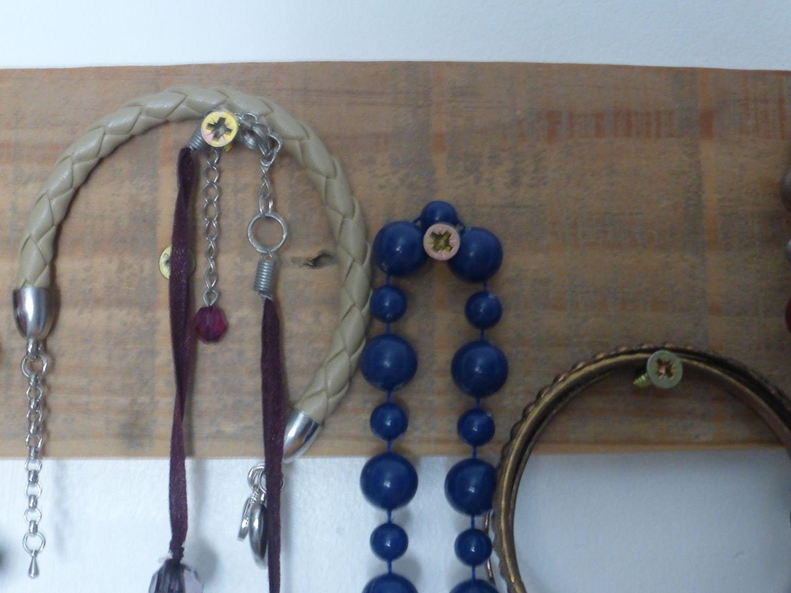 Le porte bijoux en 2 coups de ponceuse et perceuse