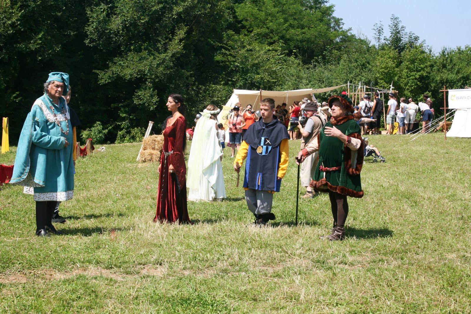 Photos de la Fête Médiévale de Trévoux 2013
