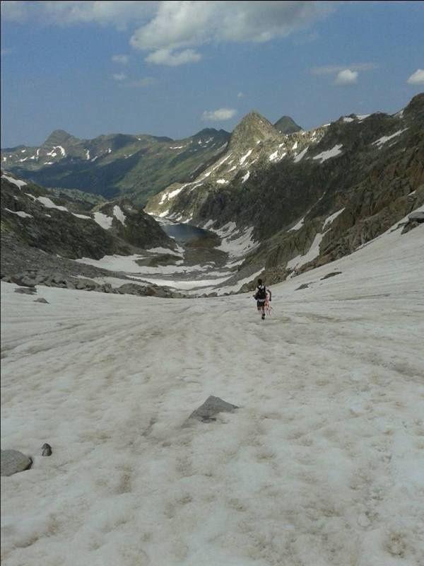 """cheminement """"glaciaire"""", col de Sallenques et début de la descente"""