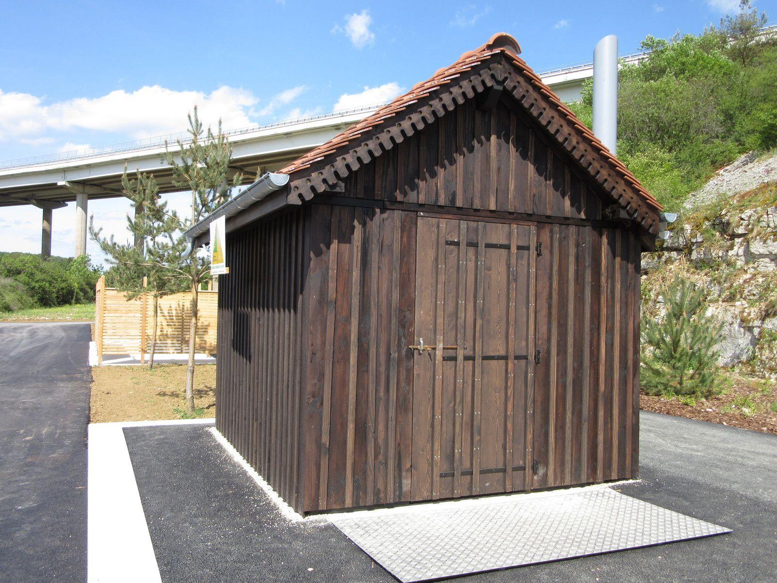 Toilettes sèches en gare de T.