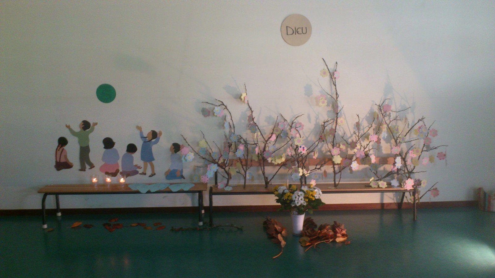 Célébration de la Toussaint en Maternelle et CP