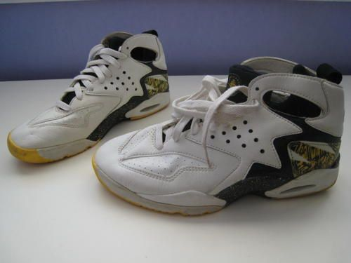 huge discount 94725 2f373 Nike Air Tech Huarache 100% Authentic, 100% Vintage!!! Jersey Nike Agassi  100% Authentic, 100% Vintage!!! Never Worn!!! New with Tags!!!