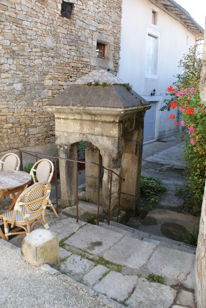Le village de Nanteuil en Vallée (Charentes)