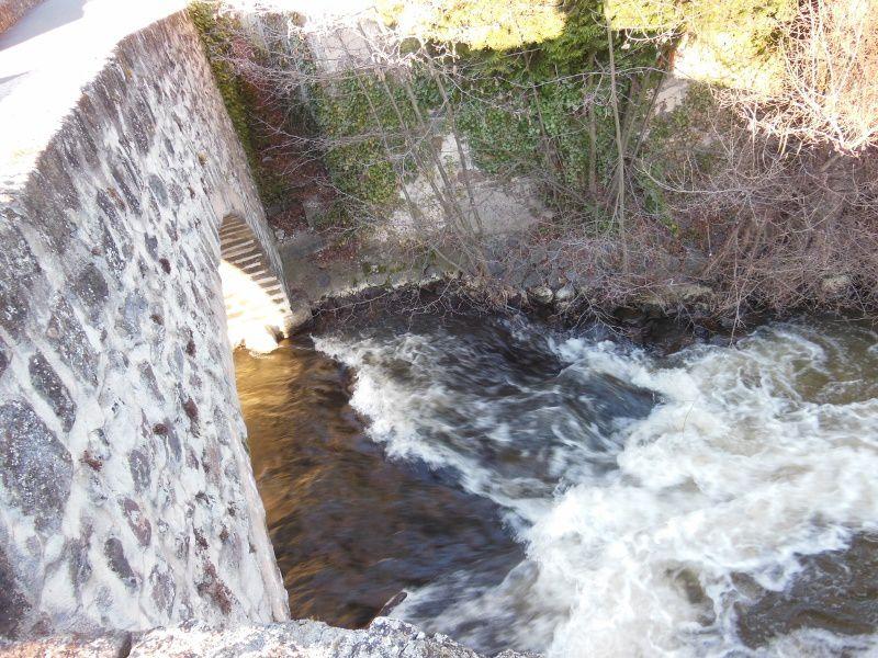 Le Pont tordu - Puy en Velay - 43 - F