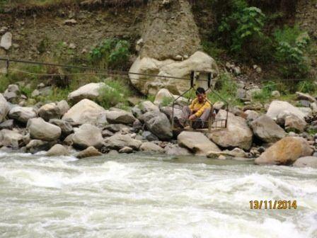 2iem jour. Un drôle d animal, les traversées du rio et les eaux chaudes de Colcamayu,