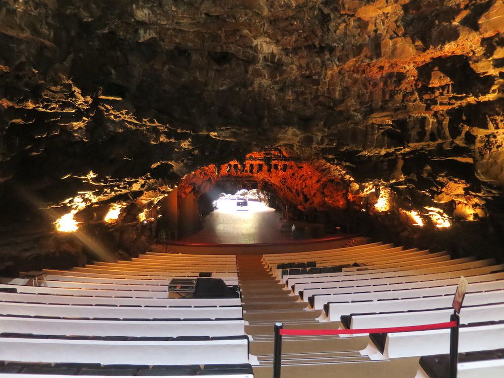 le Jameo Grande. Tunnel volcanique- piscine et Auditorium une pure merveille.