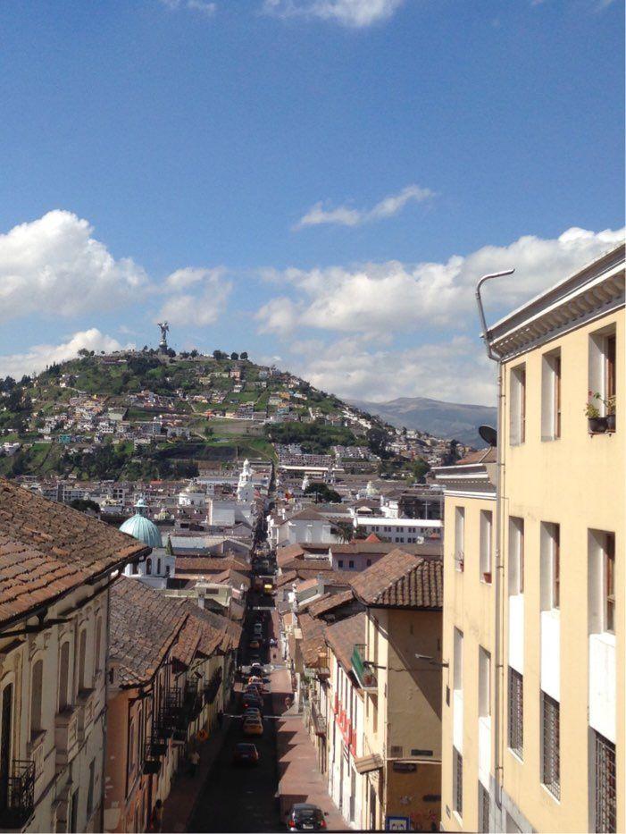Quito du haut de notre bus touristique