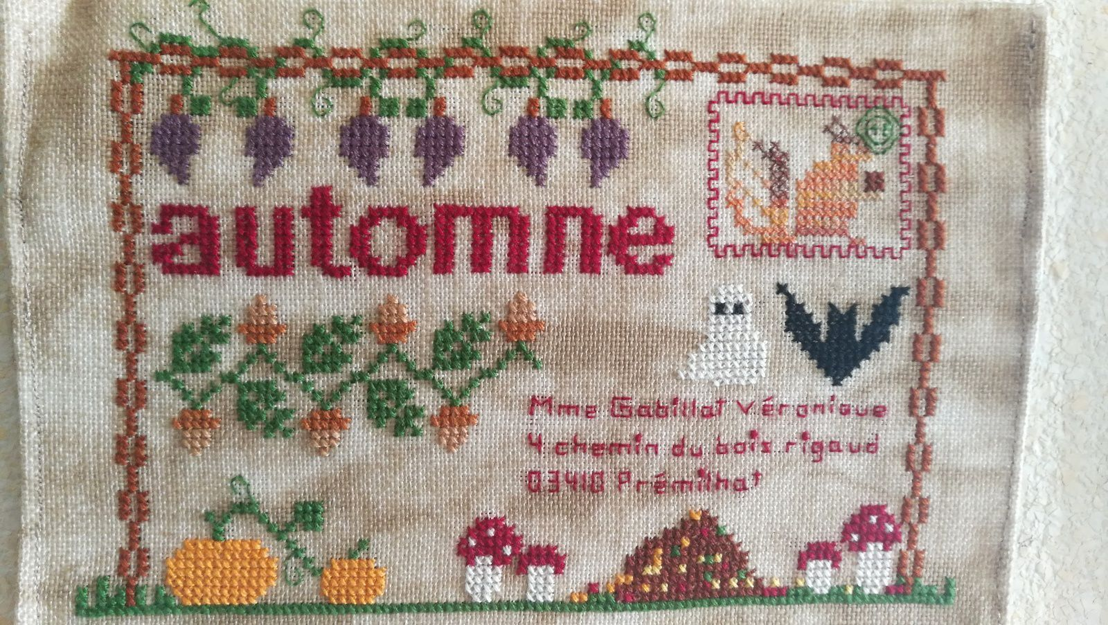 D corations de ma maison mes broderies d 39 automne for Decoration de ma maison