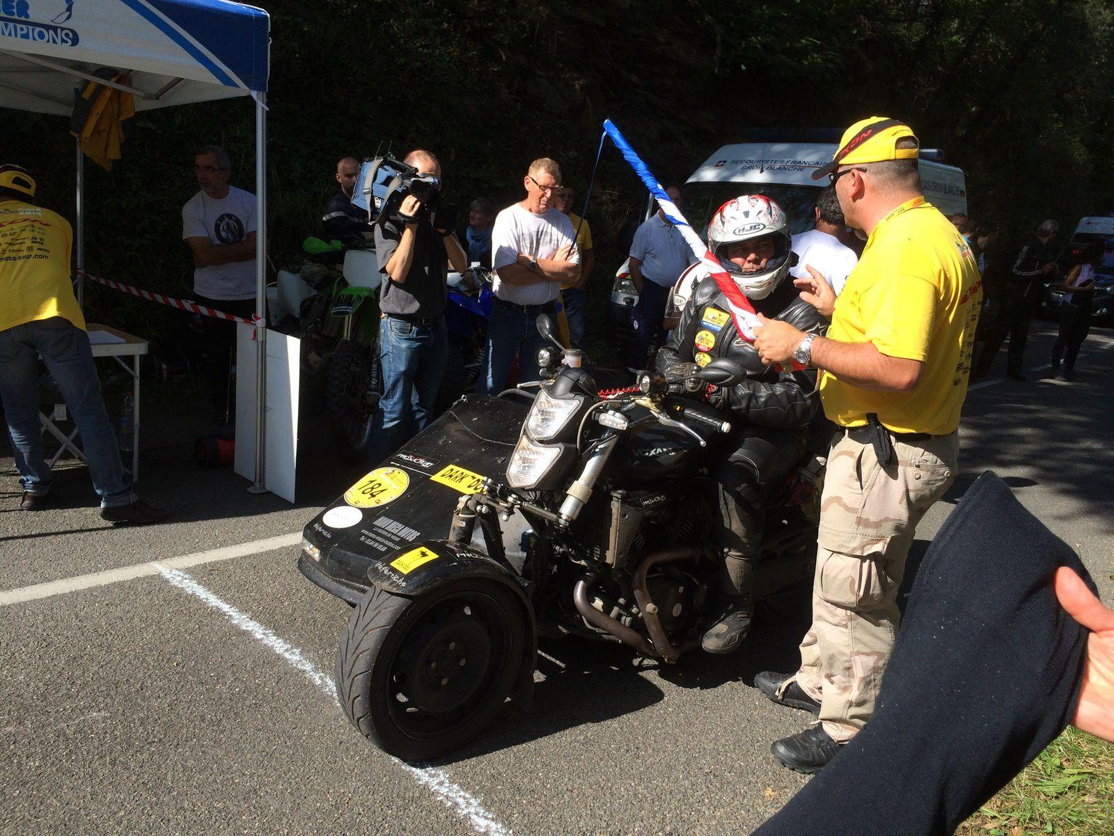 Moto-tour Dark dog le plus grand rallye routier du monde