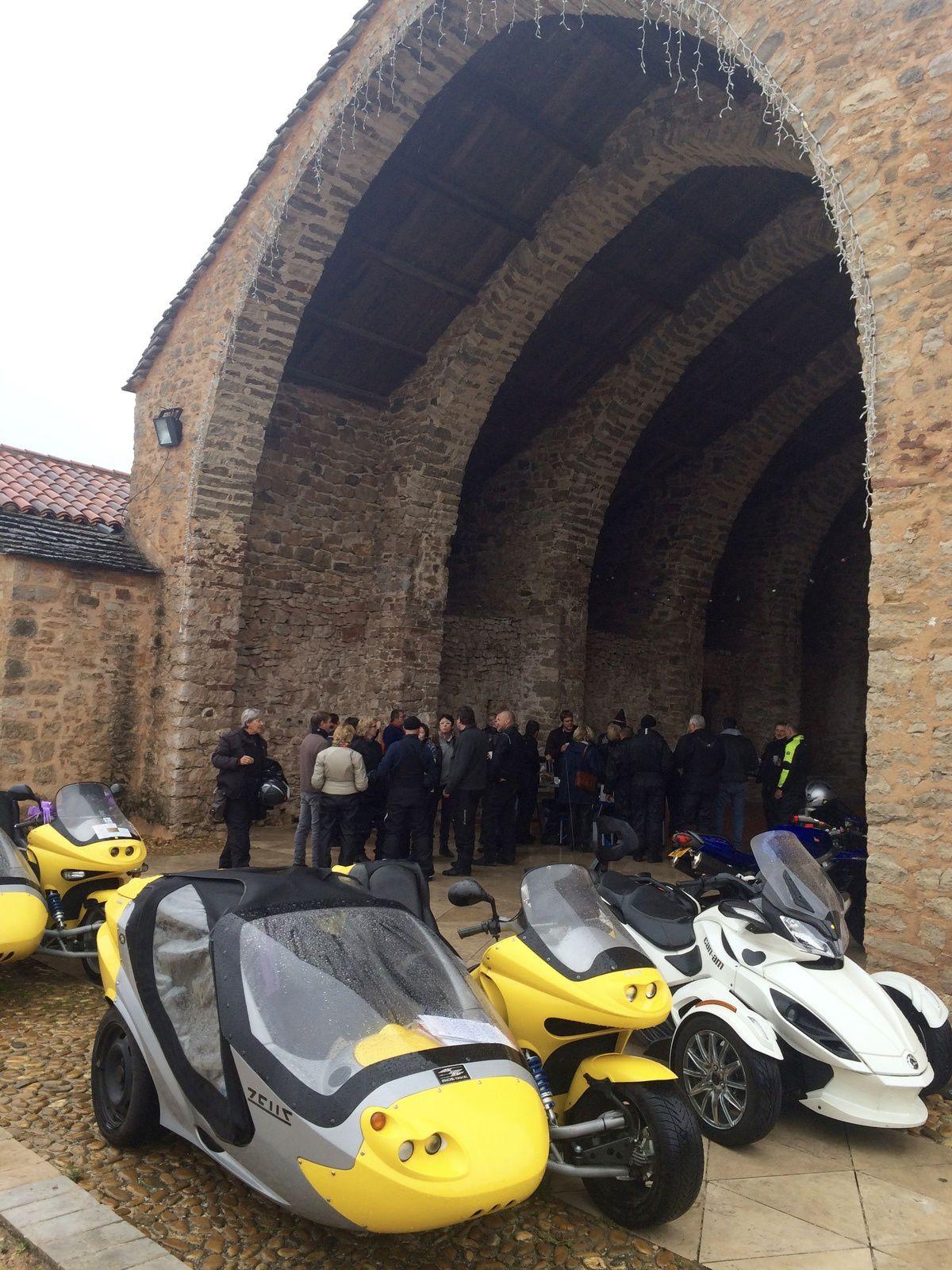 découvrir l'Aveyron autrement en moto -1-