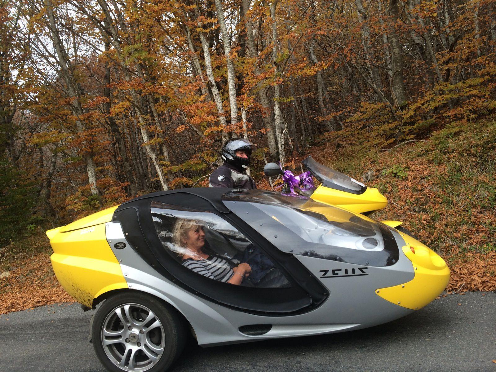 découvrir l'Aveyron autrement en moto -3-