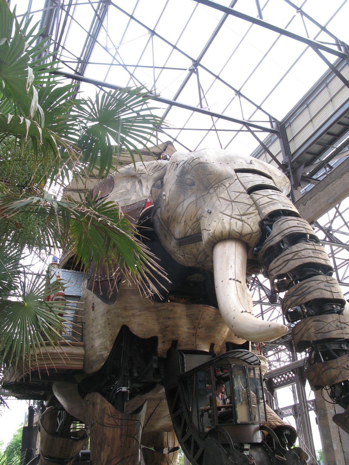 elephant métallique nantes