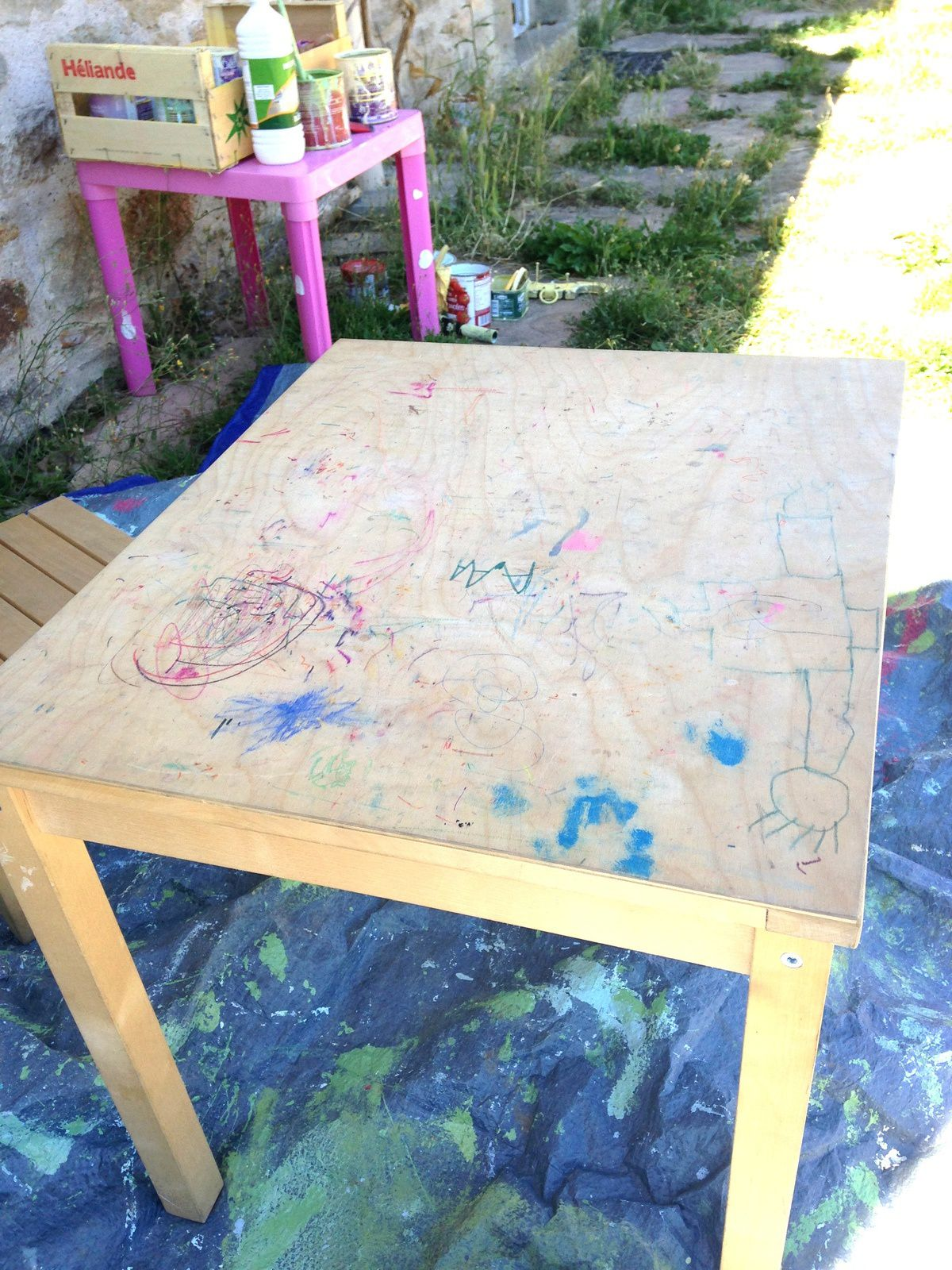 Table et chaise d 39 enfant repeintes charlotteblabla - Ikea table et chaise enfant ...