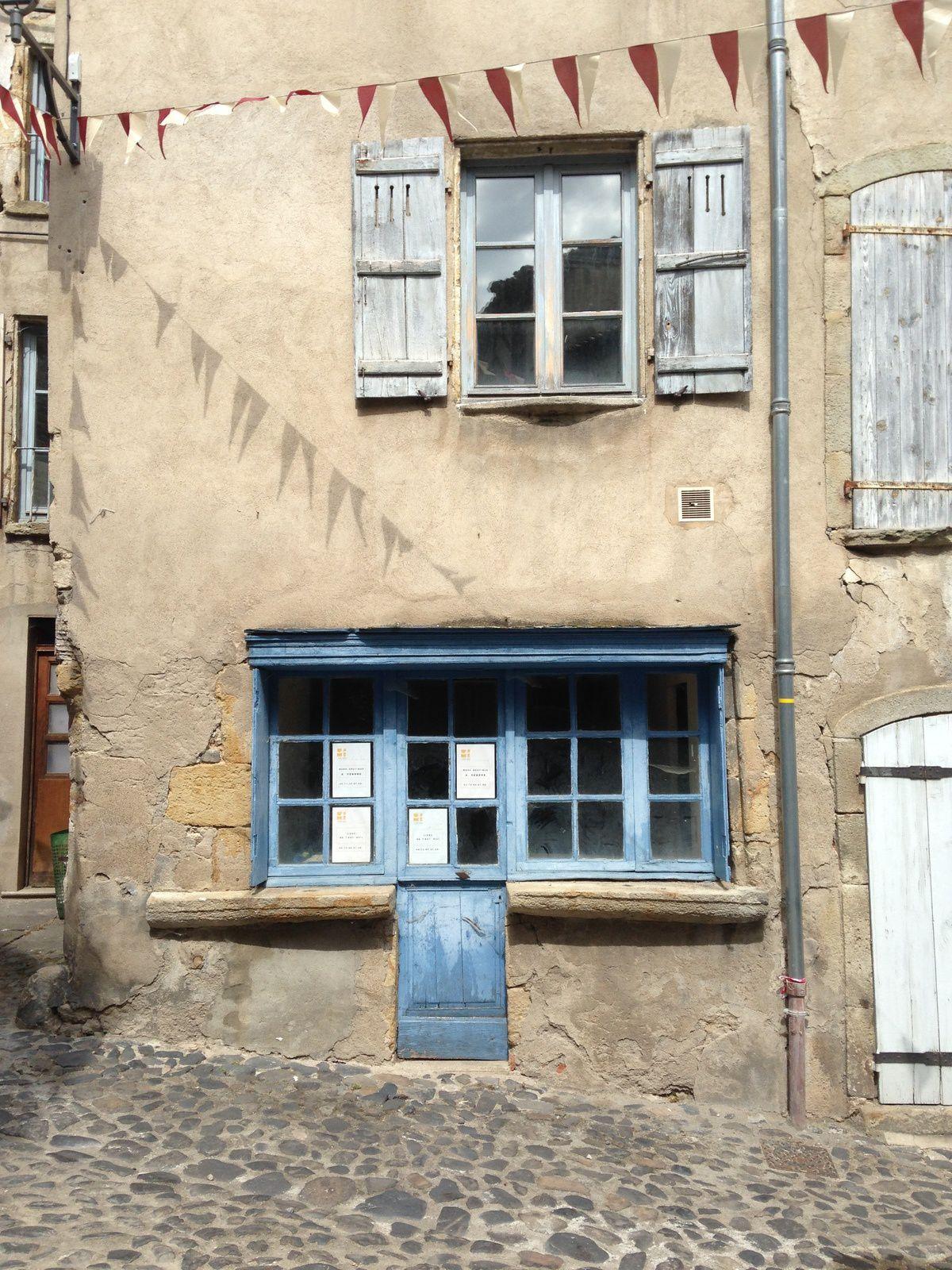 À Billom, Auvergne, Puy de dôme, France. charlotteblabla blog*