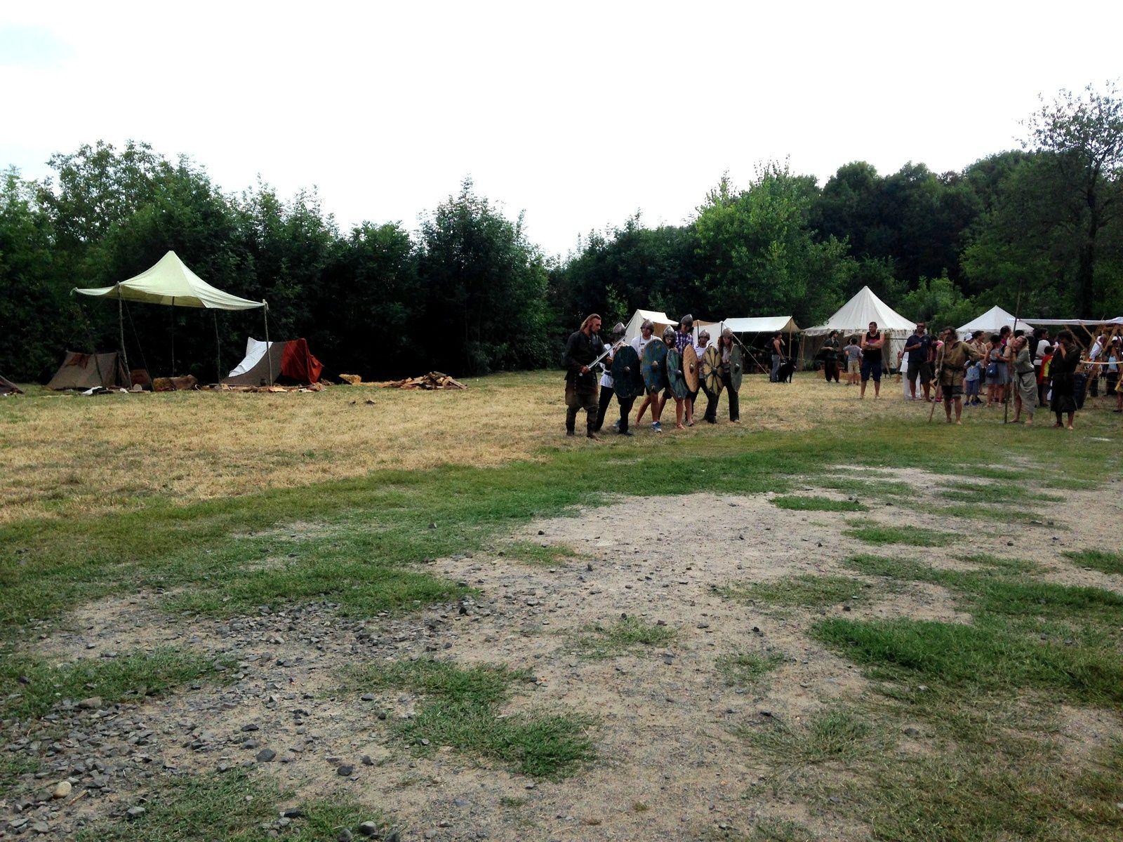 viking managarm - festival charivari Billom, Auvergne, Puy de dôme, France. sur charlotteblabla blog*