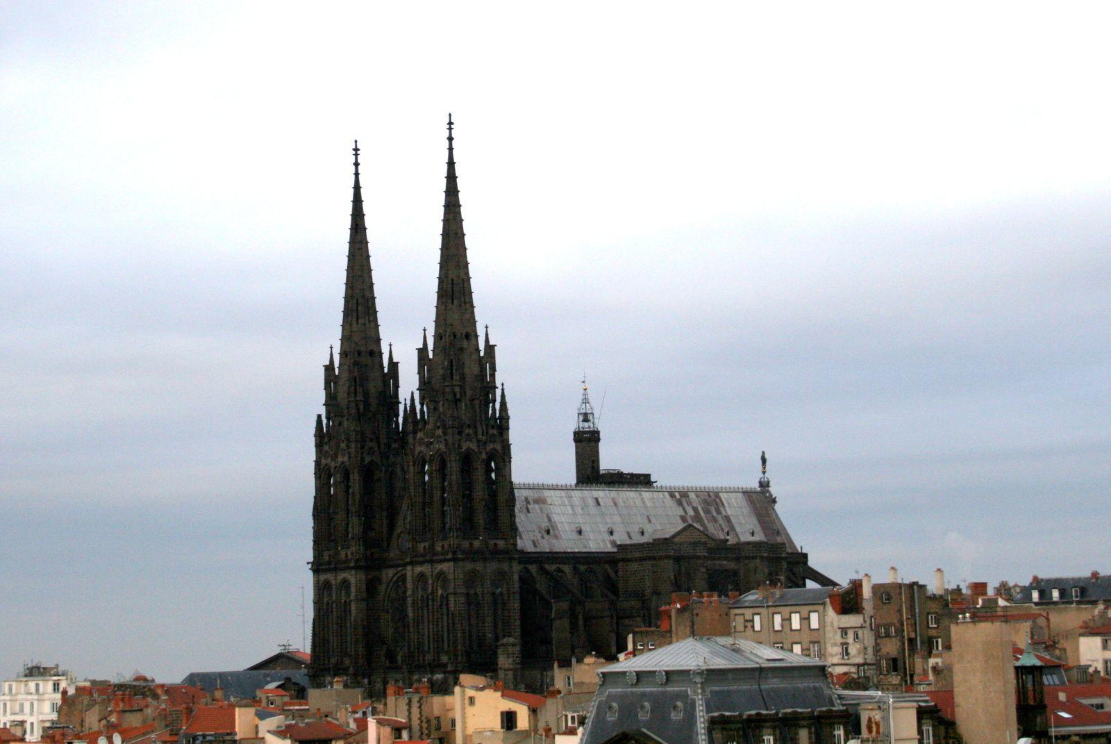 #cathedrale #clermontferrant #charlotteblabla