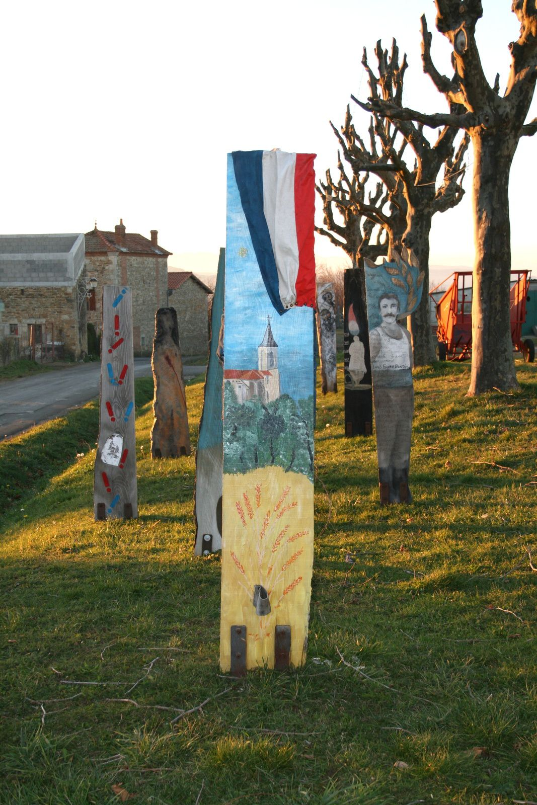sentinelles 14-18 mémoire de guerre- egliseneuve près Billom, Auvergne- France- art