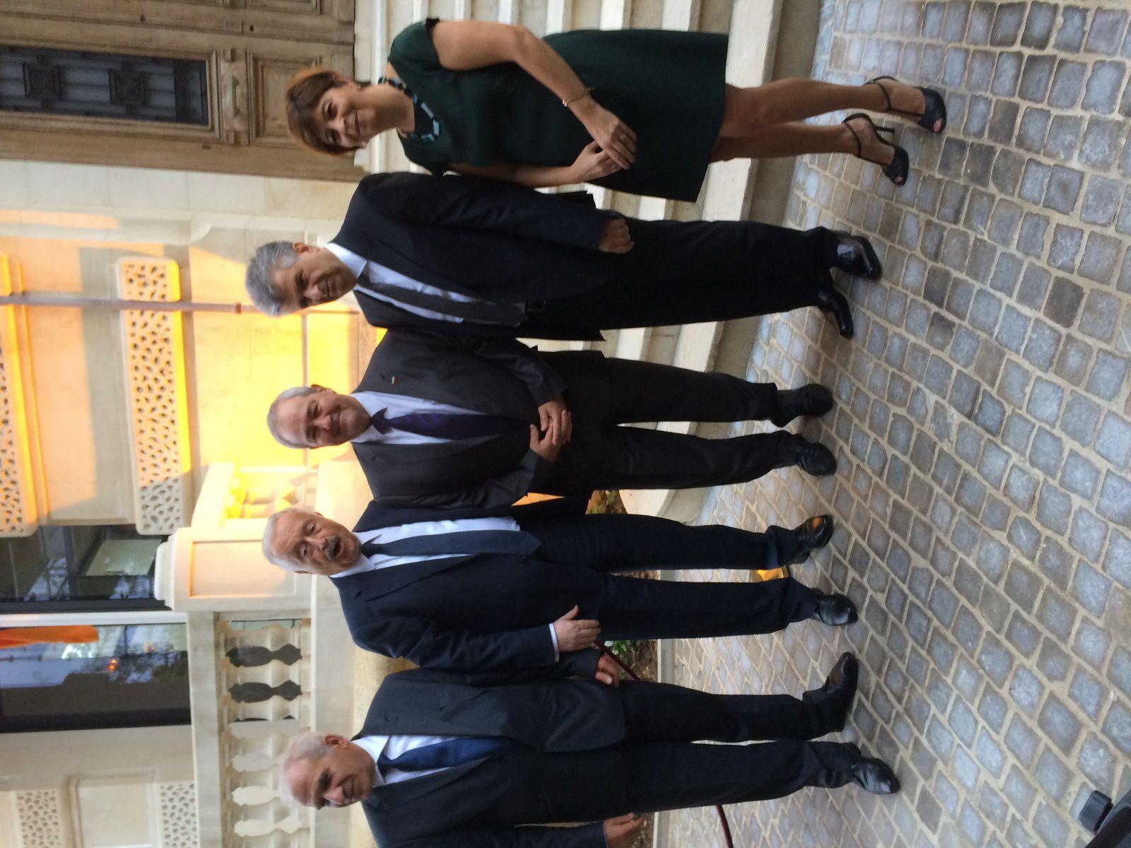 Jean-Marie MARTIN, consul h. de Bulgarie à Marseille, entouré de S.E. M. VIGUEN TCHITETCHIAN ambassadeur de la République d'Arménie en France, M. Vartan SIRMAKES Consul général à Marseille et son épouse.
