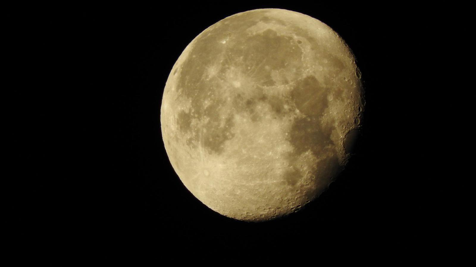 C'était la pleine lune les belles étaient de sorties