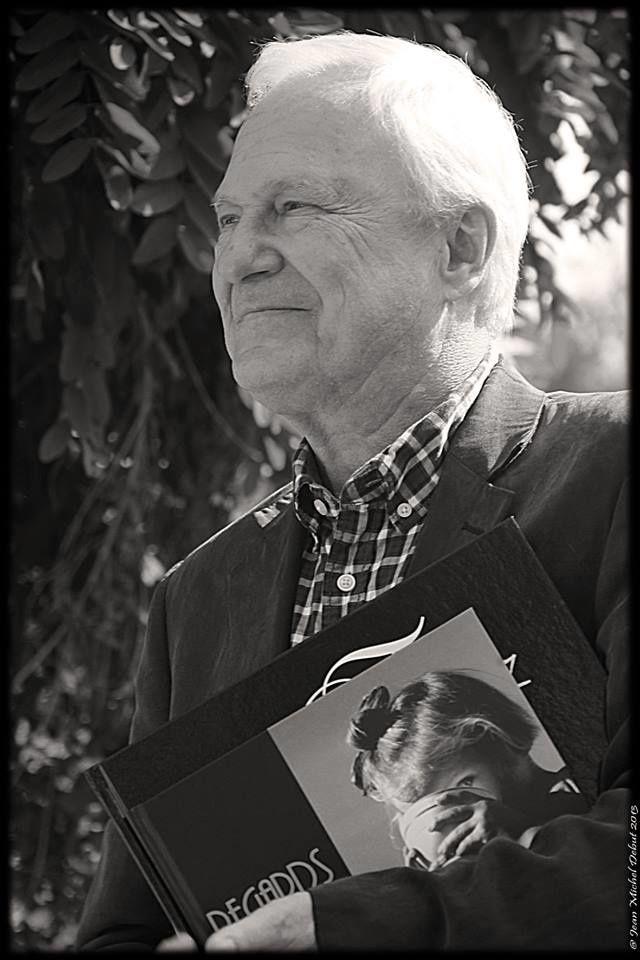 le parrain de ce 1er salon du livre à Chamboeuf est Patrice Dard, célèbre écrivain qui a donné de son temps toute la journée ... merci à lui d'être venu...