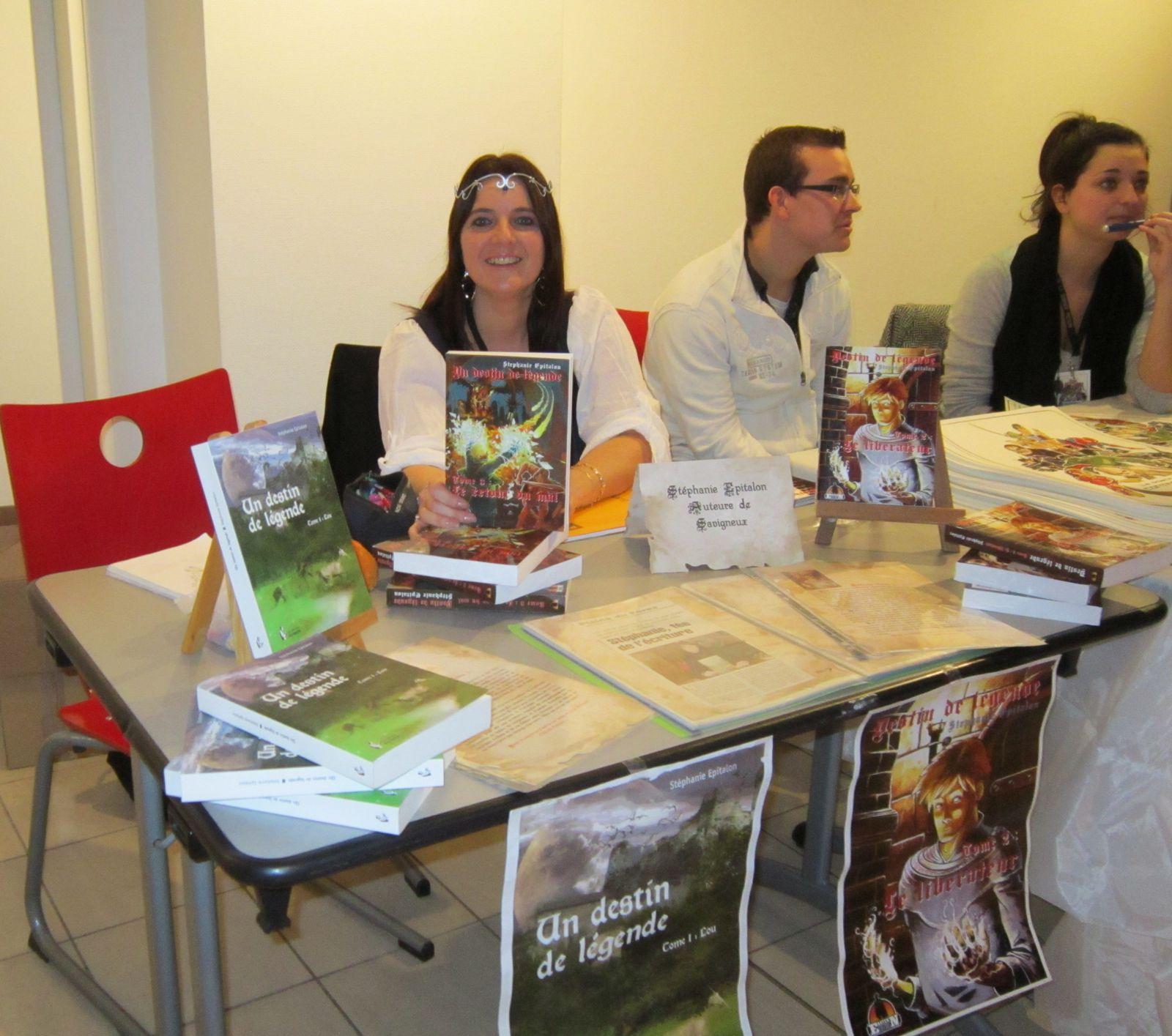 Dédicace : 17-11-2012 à Roanne (Loire, 42300)